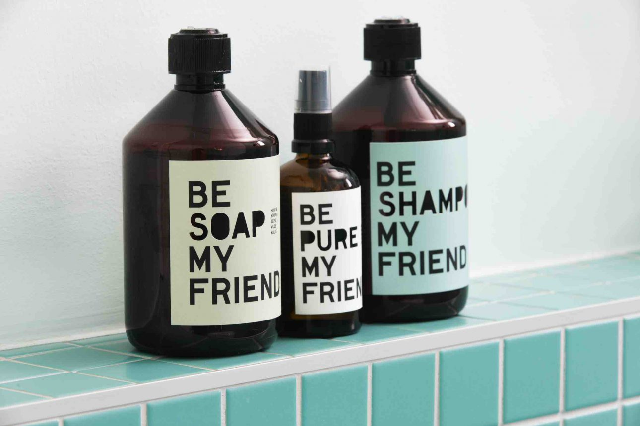 (Villa Charlotte). Be Soap my Friend und Heym Collections