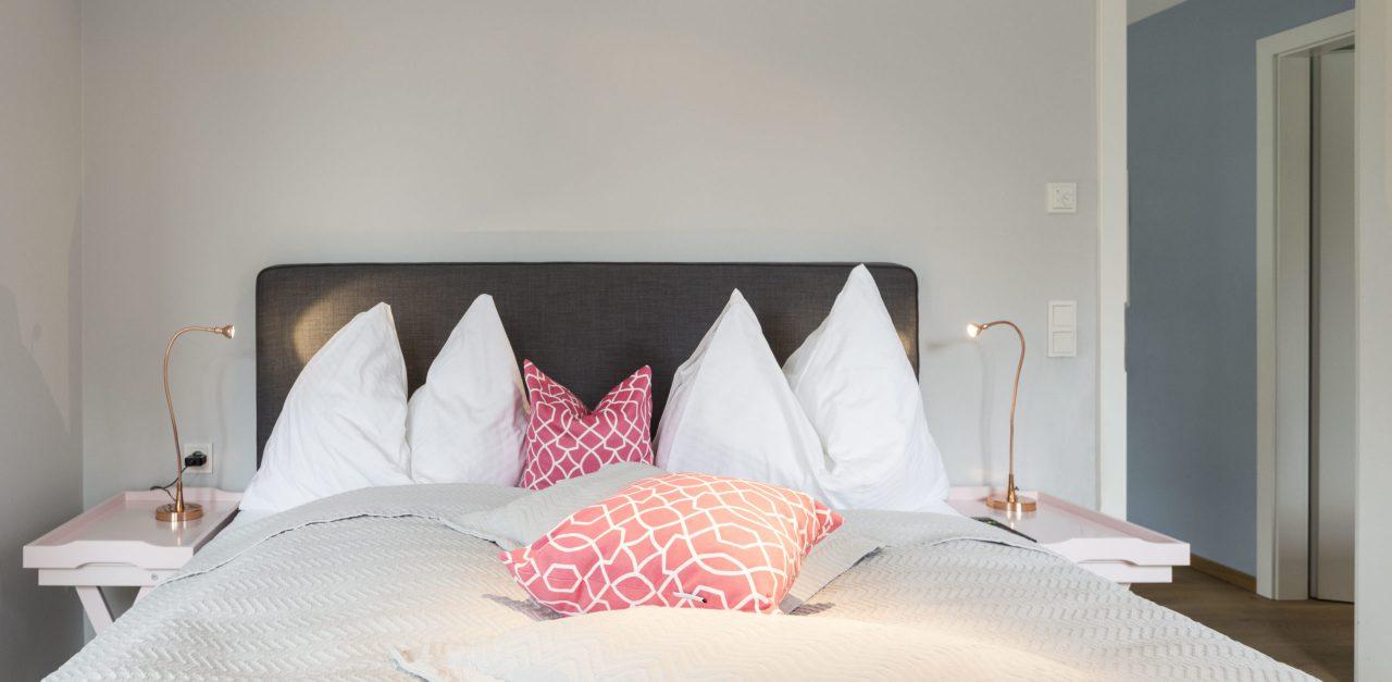 (Villa Charlotte). Heymelig und bequem sind die Betten Villa Charlotte, Apartment Mondsee